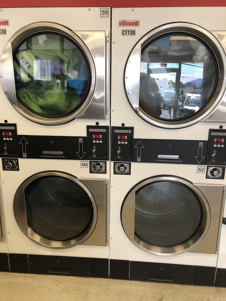 Classic Laundry: 129 N Caldwell St, Brevard, NC