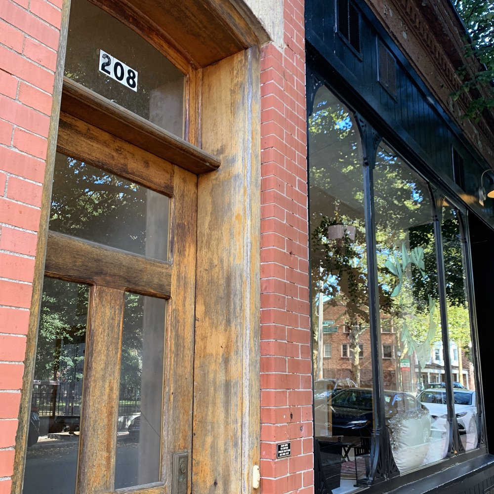BarBeauty: 208 Wooster St, New Haven, CT