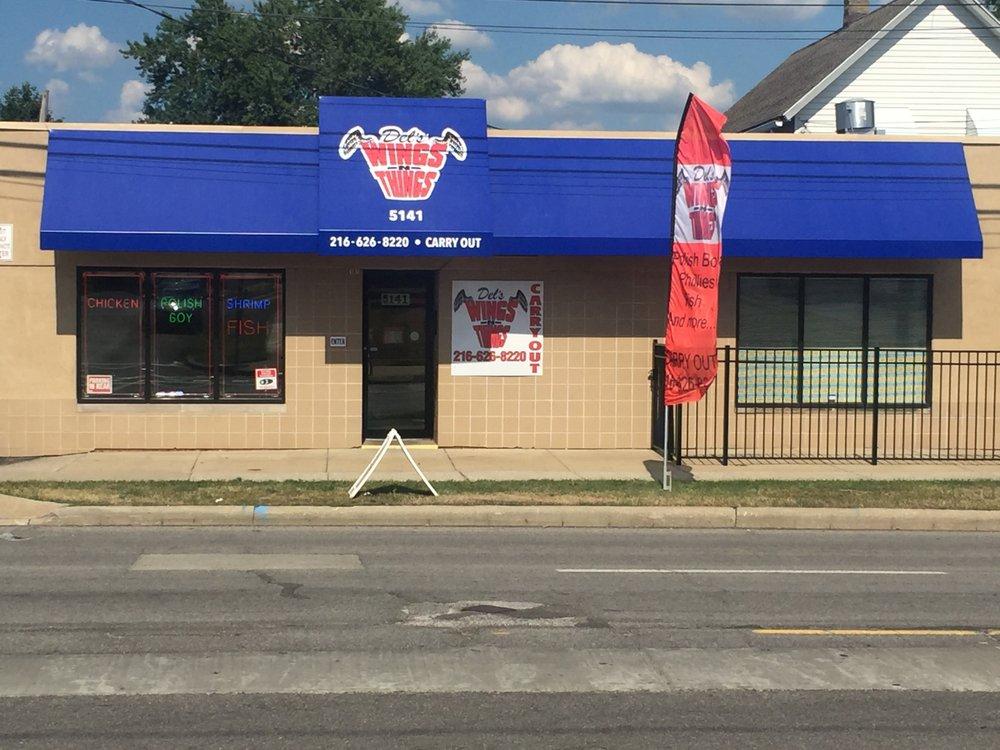 Del's Wings N Things: 5141 Turney Rd, Garfield Heights, OH