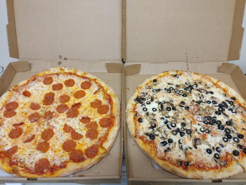Mikey's Pizza & Italian Restaurant: 7544 Beach Blvd, Jacksonville, FL