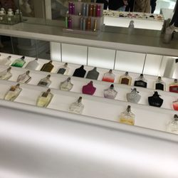 Creed Cosmetics Beauty Supply 38 Ave Pierre 1er De Serbie