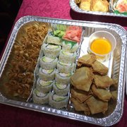 Photo of Toyo Bowl - San Pedro, CA, United States. California roll, shrimp wonton, cream cheese wonton platter