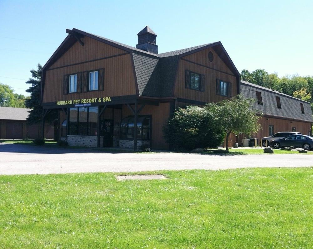Hubbard Pet Resort - Pet Lodge USA: 6068 W Liberty St, Hubbard, OH