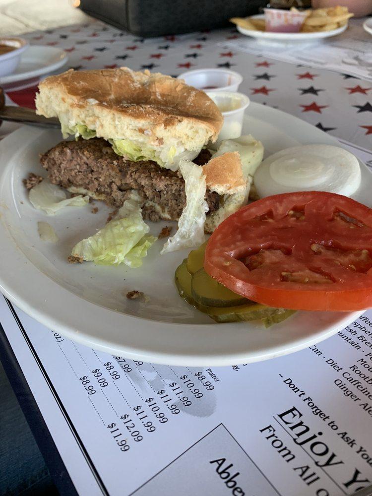 Abbey's Restaurant & Lounge: 145 Zane St, Wheeling, WV