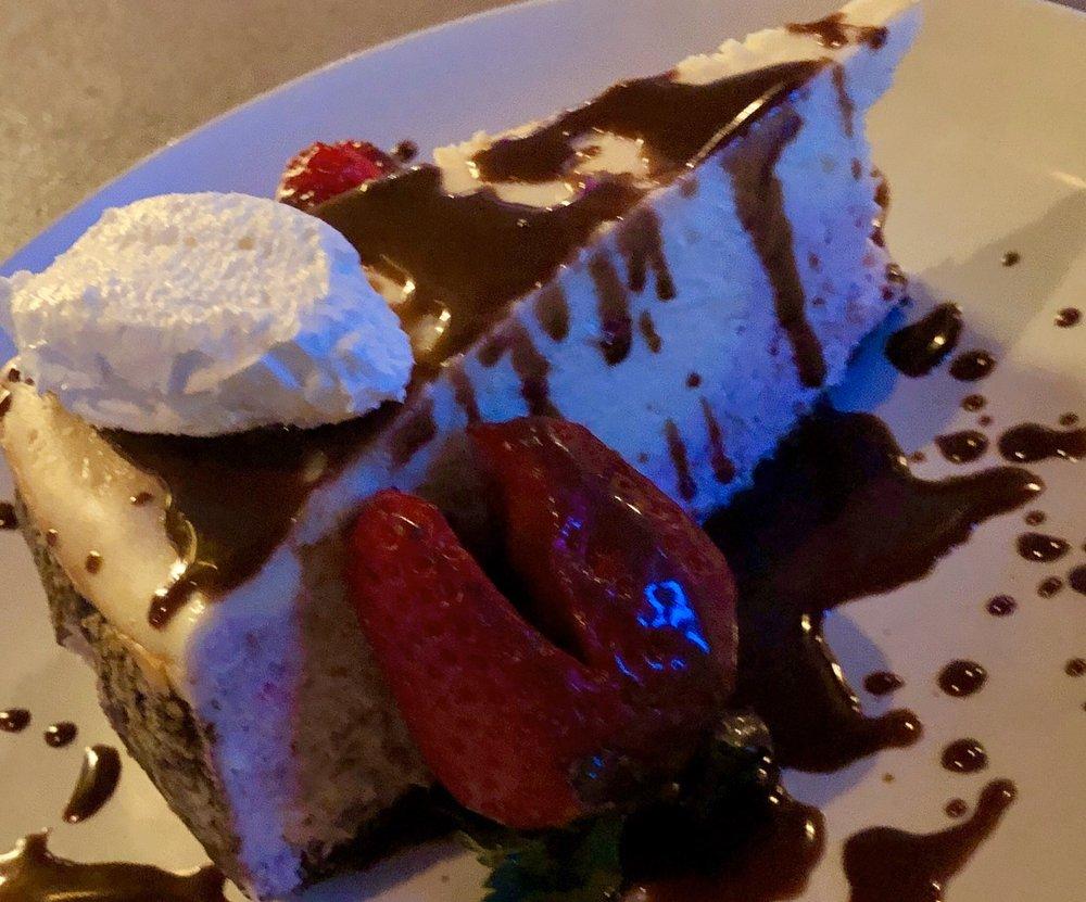 Repertoire Restaurant: 8645 Haines Dr, Florence, KY