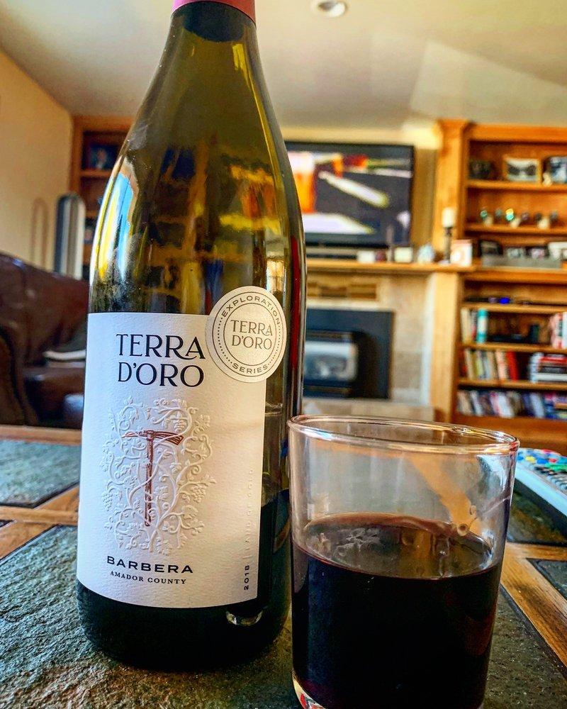 Terra d'Oro Winery: 20680 Shenandoah School Rd, Plymouth, CA