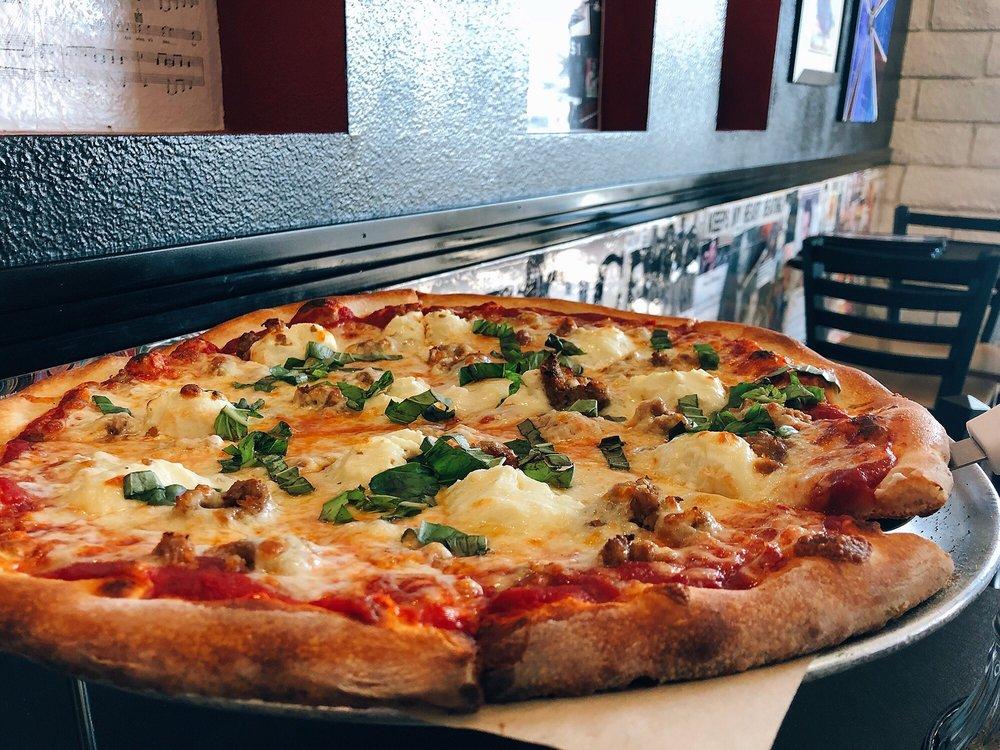 2 Guys Pies Brick Oven Pizza: 56969 Yucca Trl, Yucca Valley, CA