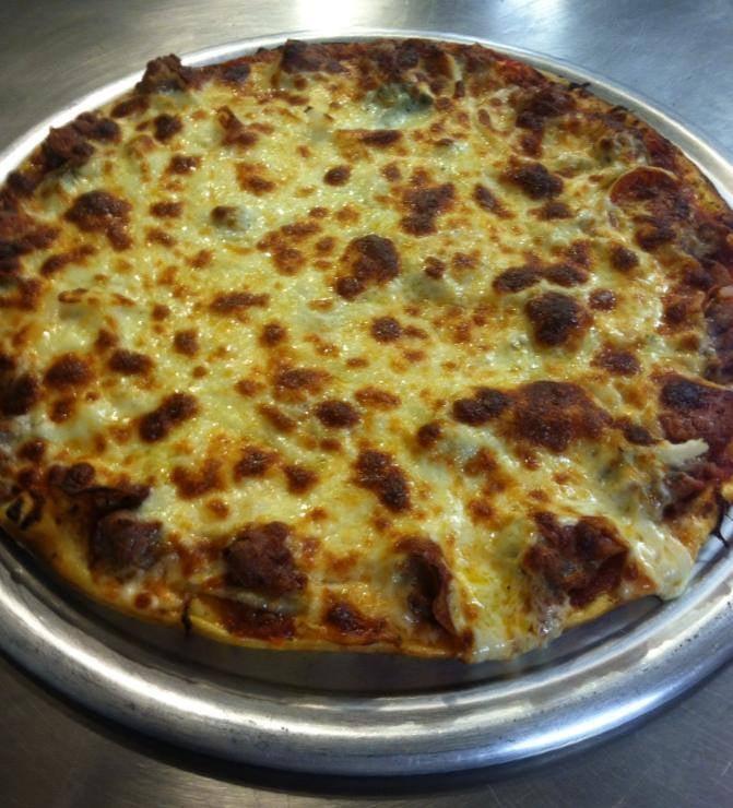 Romano's Pizzeria: 108 County Rd Z, Nekoosa, WI