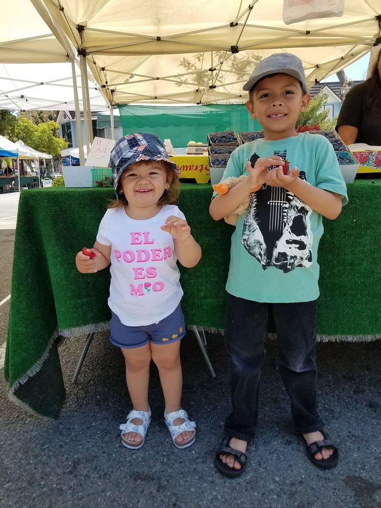 Uptown Whittier Certified Farmers' Market: 13018 Philadelphia St, Whittier, CA