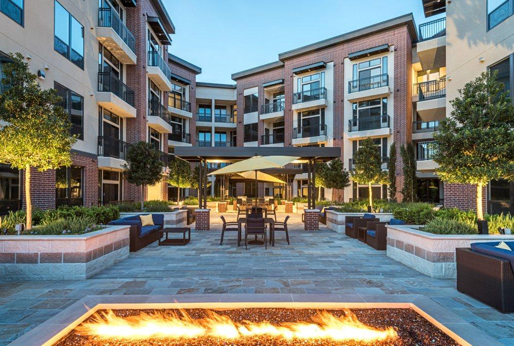 3800 Main 26 Reviews Flats Apartments 3800 Main St