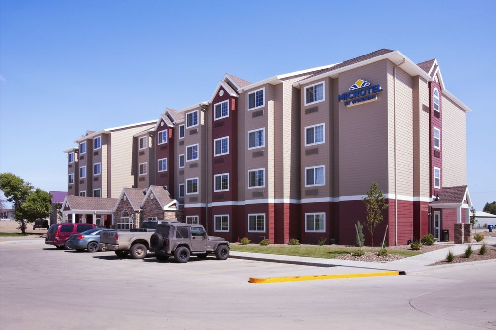 Microtel Inn & Suites by Wyndham Sidney: 1500 S Central Avenue, Sidney, MT