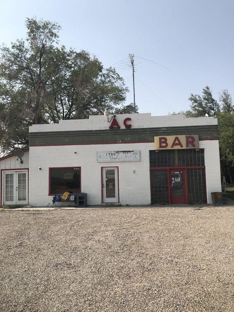 Atomic City Bar & Store: 1772 N 2650th W, Atomic City, ID