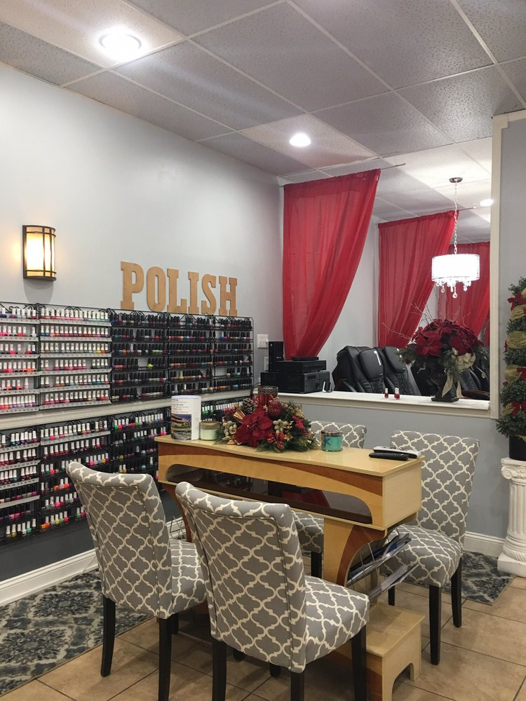 Foxy Nails - 53 Photos & 33 Reviews - Nail Salons - 328 SW Blue Pkwy ...