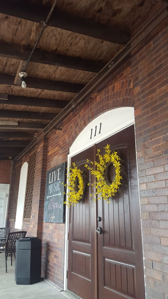 Baltic Mill Winery: 111 E Main, Baltic, OH
