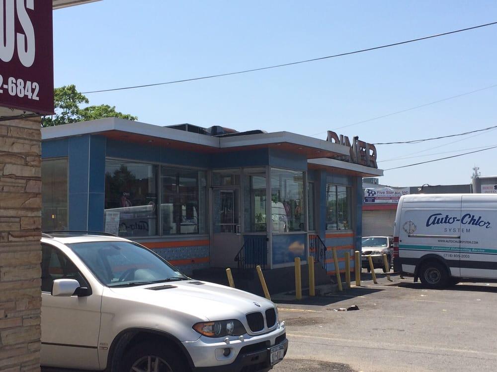 Lawrence Diner: 267 Burnside Ave, Lawrence, NY