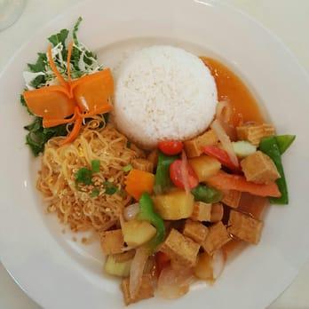 Rice fine thai asian fusion 130 photos 117 reviews for Aroi fine thai japanese cuisine