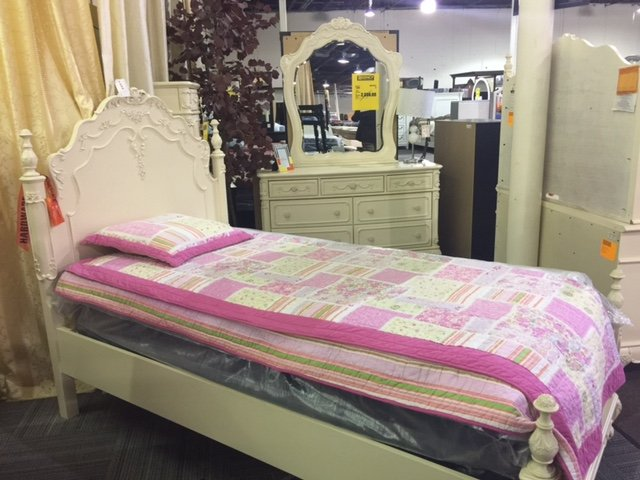 Mealeyu0027s Furniture   Moorestown   39 Photos U0026 54 Reviews   Furniture Stores    590 Route 38 E, Maple Shade, NJ   Phone Number   Last Updated November  22, ...