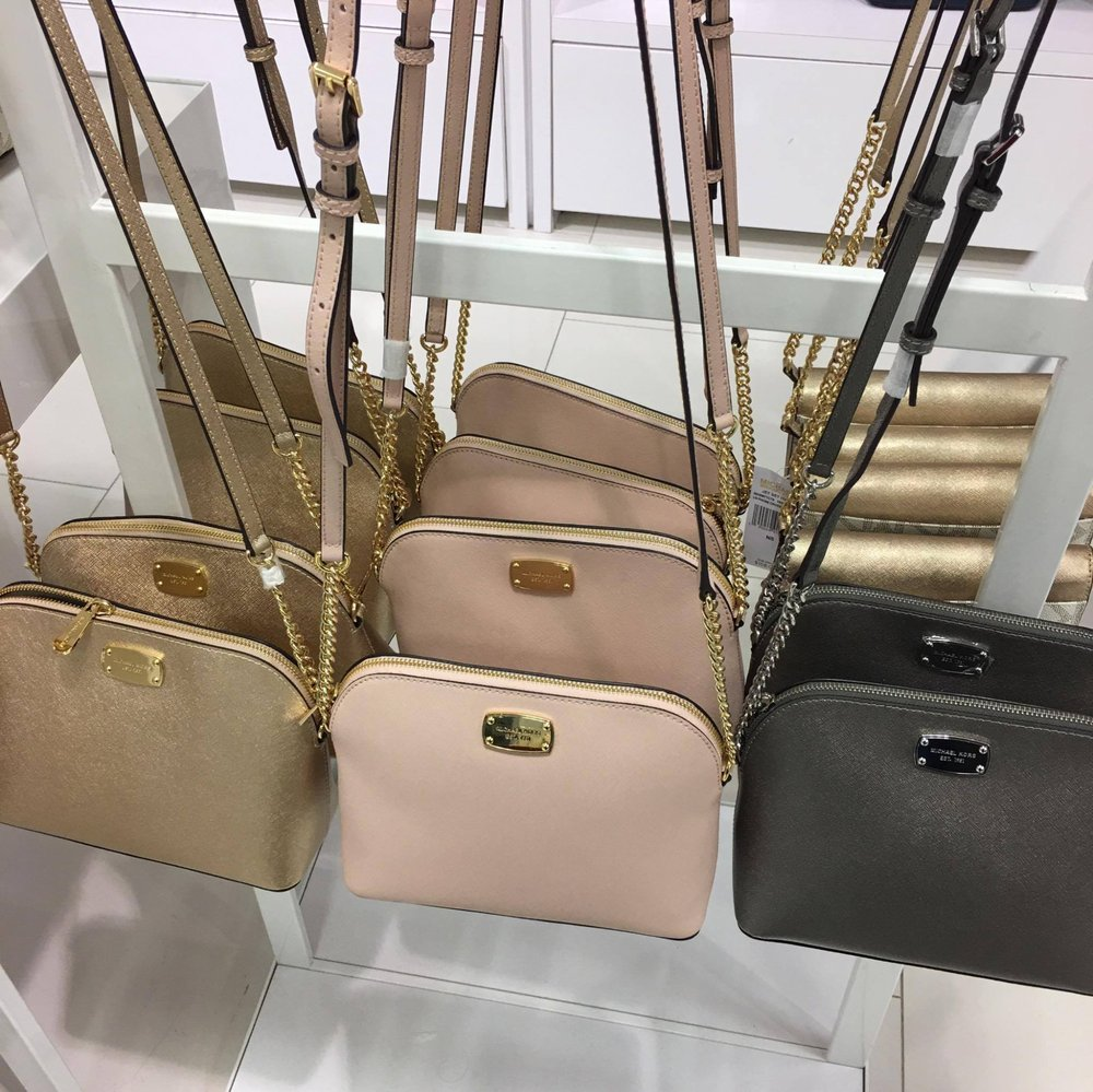 kate spade new york Outlet - 75 Photos & 52 Reviews ...
