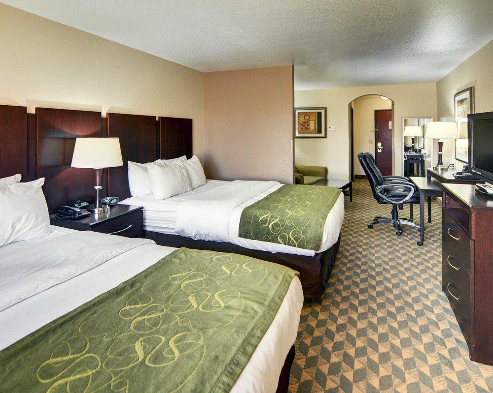 comfort suites 25 photos hotels 8004 winbrook drive wedgwood