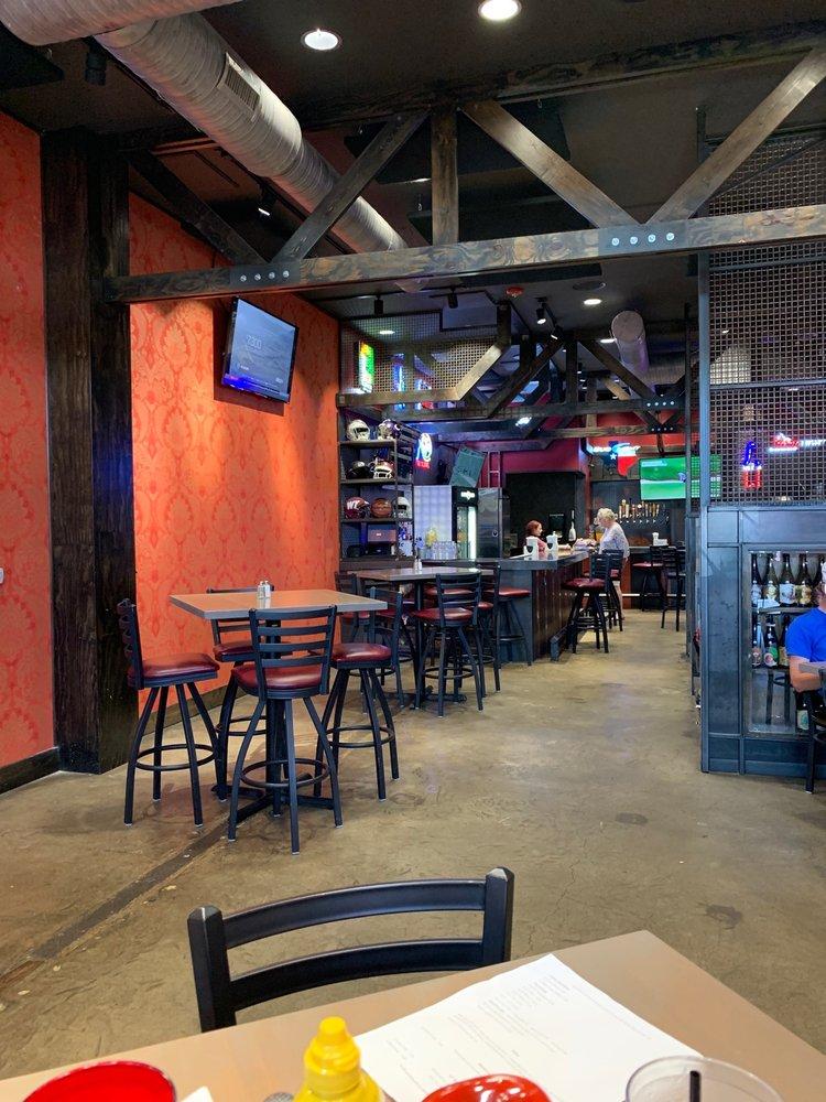 Canyon Ranch Steaks & Sports: 410 15th St, Canyon, TX