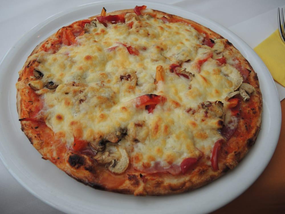 ristorante pizza pie 14 fotos 11 beitr ge pizza brunnenallee 30 bad wildungen hessen. Black Bedroom Furniture Sets. Home Design Ideas
