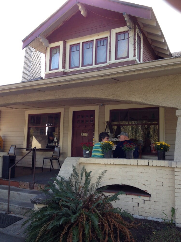 Photo of deans homestyle cafe clackamas or united states cute craftsman style