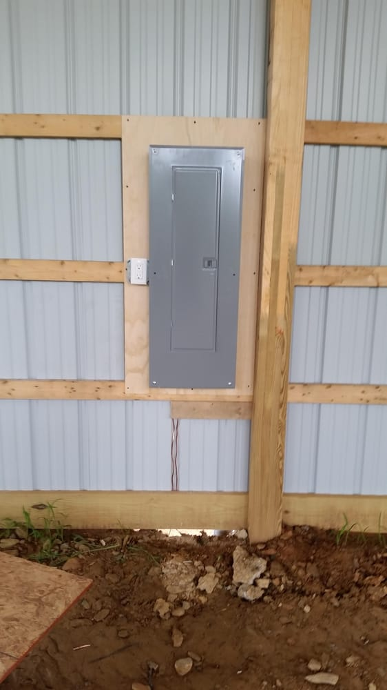 new 200 amp square d panel on new house  pole barn