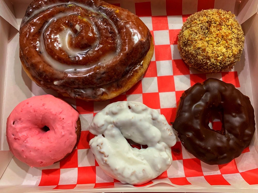 El Camino Donuts: 3417 Central Ave NE, Albuquerque, NM