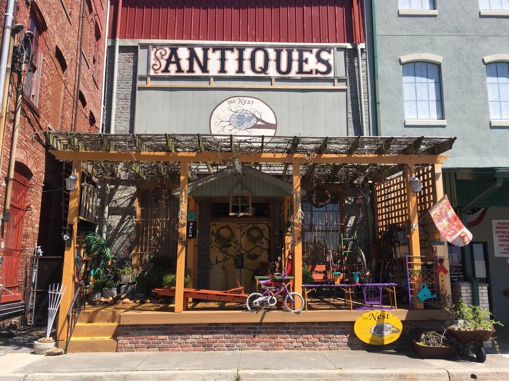 Nest the Antiqs: 110 N Cumberland St, Morristown, TN