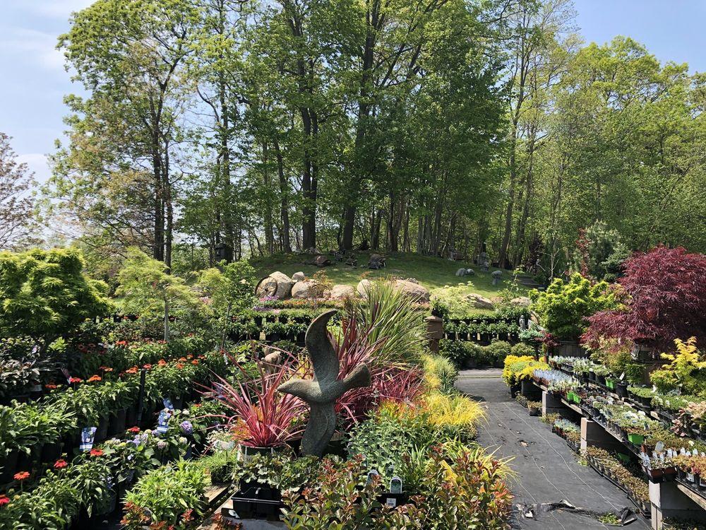 Olde Towne Gardens Of Setauket: 360 Old Town Rd, East Setauket, NY