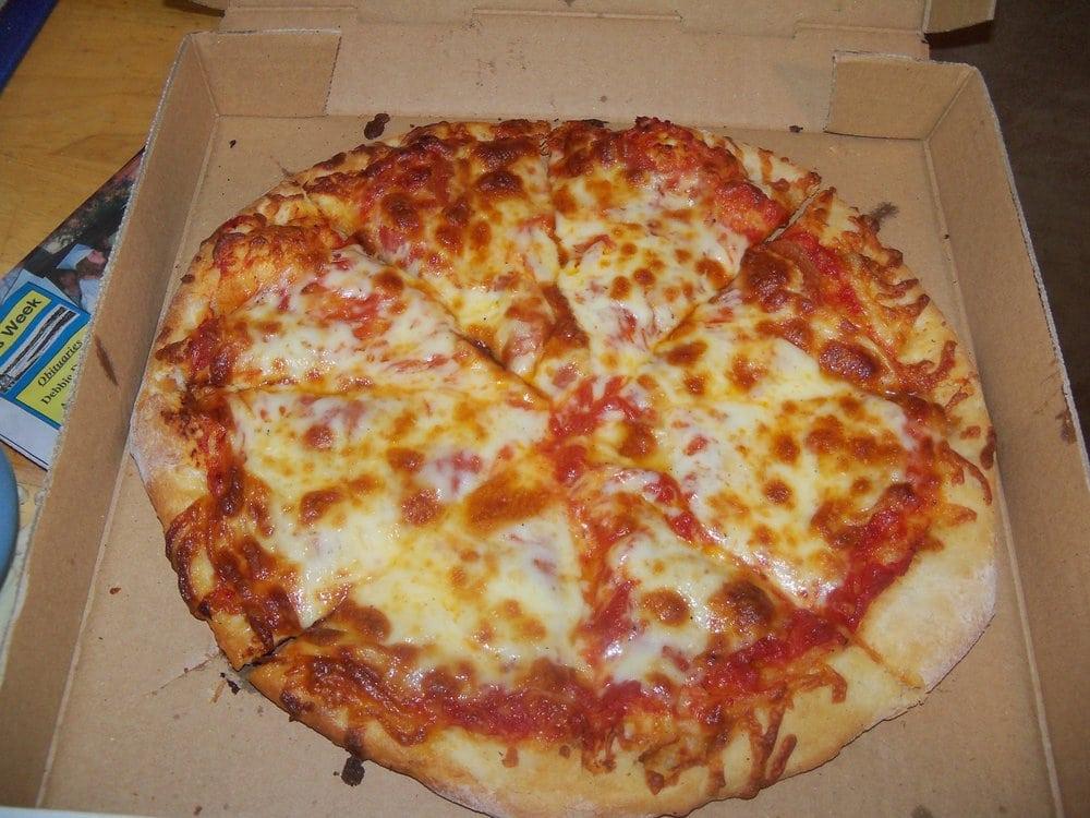 Broadway Pizza: 1111 Broadway St, Hickman, KY