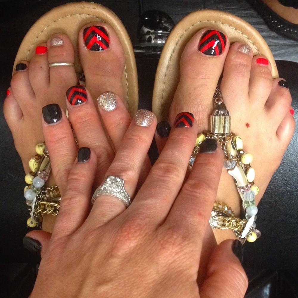 Black and Orange Chevron nail designs. Gold glitter! Fun summer ...