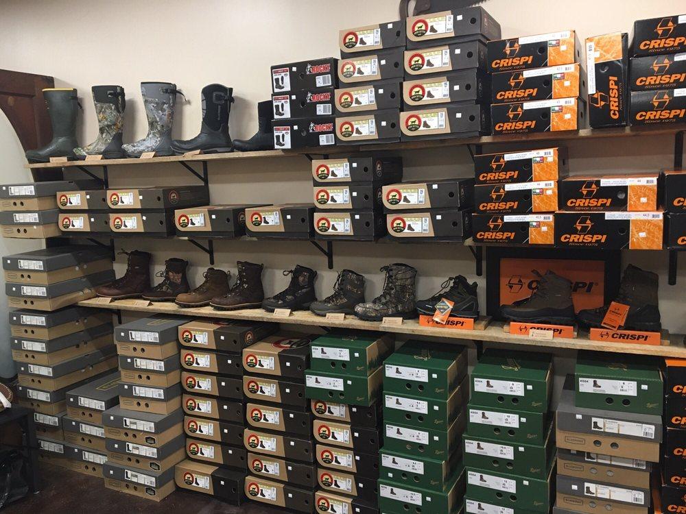 Centre Boot Company: 380 Phoenix Ave, Bellefonte, PA
