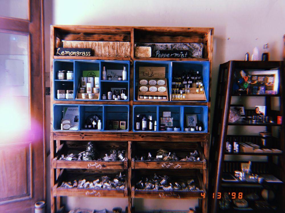 Marisel Herbal: Calle Fortaleza 306, San Juan, PR