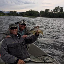 Madison River Fishing Co Outdoor Gear 109 W Main St