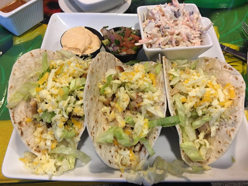 La Mexicana Cantina & Grill - Chesterland: 8053 Mayfield Rd, Chesterland, OH