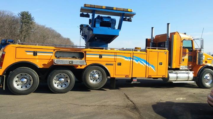 Hwy 54 Towing & Repair: N5999 Hwy 54, Black River Falls, WI