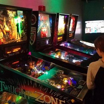 Neon Retro Arcade - 83 Photos & 138 Reviews - Arcades - 8943