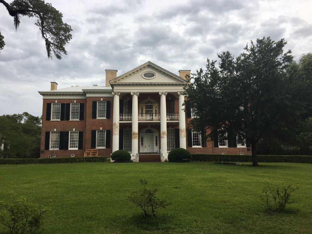 Auburn Antebellum Home: 400 Duncan Ave, Natchez, MS