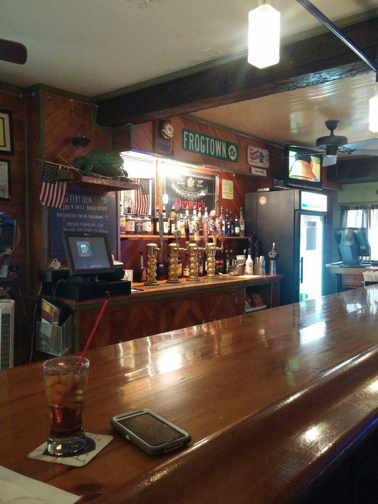 Frogtown Café: 684 Marticville Rd, Pequea, PA