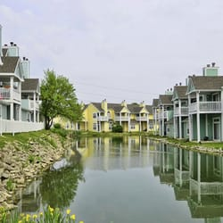 photo of island club apartments indianapolis in united states lake view apartments - Canal Club Apartments