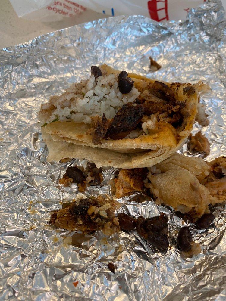 Chipotle Mexican Grill: 1420 E Pacheco Blvd, Los Banos, CA