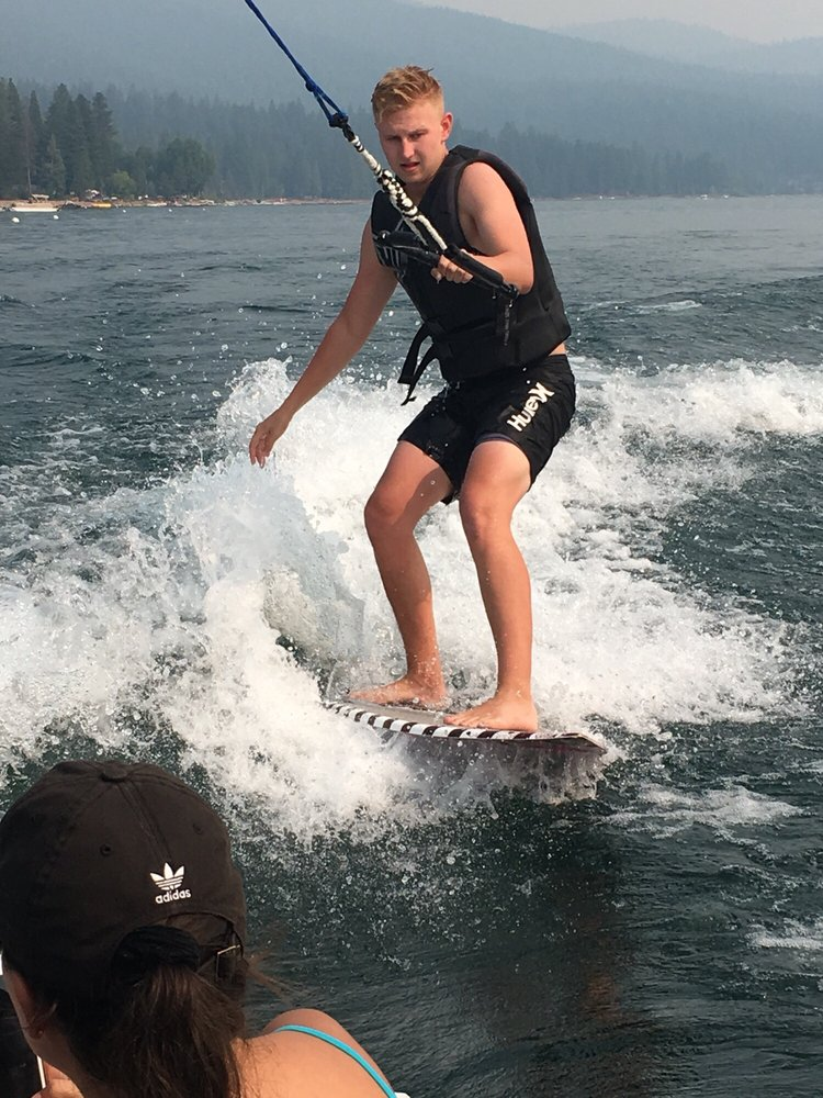 Wilson's Water Sports: 430 Peninsula Dr, Lake Almanor, CA