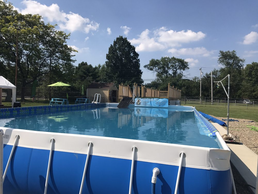 Duke's K9 Dash N' Splash: 3392 State Rte 82, Mantua, OH
