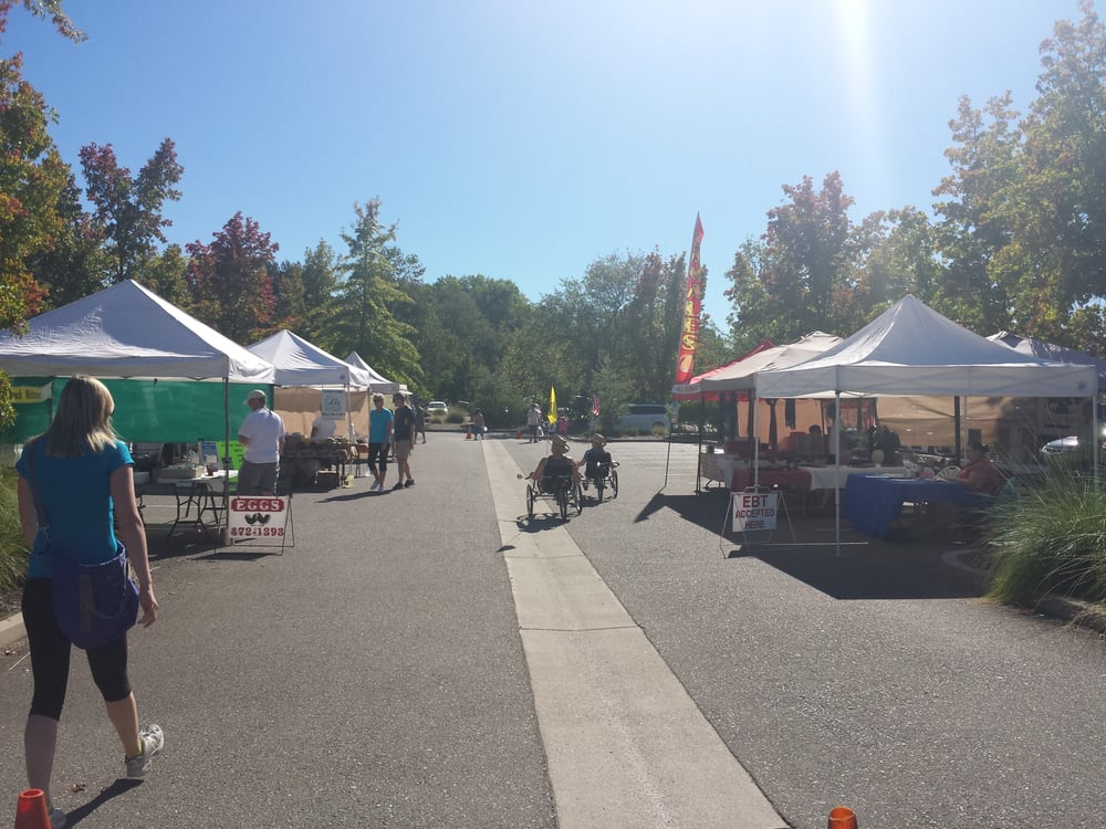 Turtle Bay Farmers Market: 844 Sundial Bridge Dr, Redding, CA