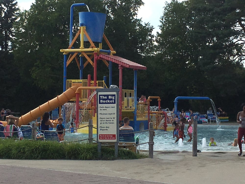 Waterford oaks waterpark parcs aquatiques 1702 scott for Fenetre rd scott la