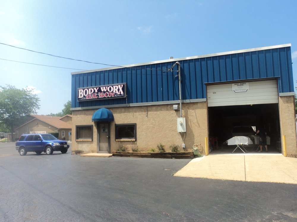 Real Mccoy Body Work: 1591 Miller Rd, Imperial, MO