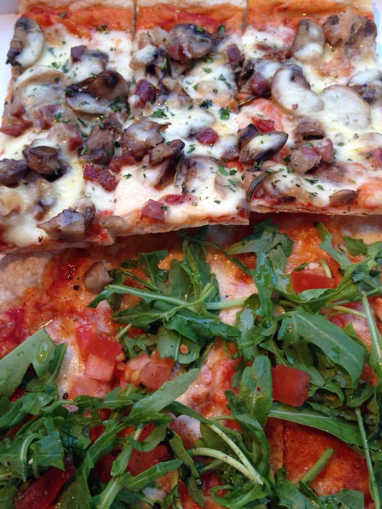pizza mit pilz speck und pizza mit rucola tomaten yelp. Black Bedroom Furniture Sets. Home Design Ideas