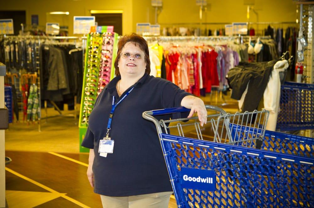 Goodwill - Dearborn - 40 Photos & 12 Reviews - Thrift ...