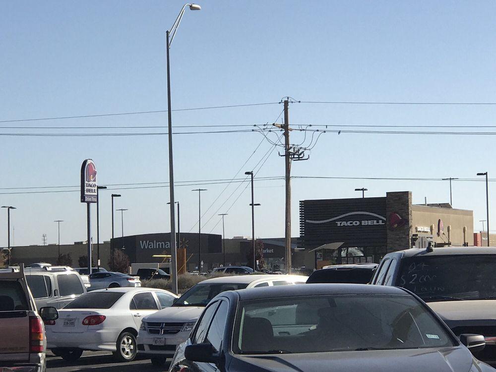 Yogo Berry: 14476 Horizon Blvd, Horizon City, TX